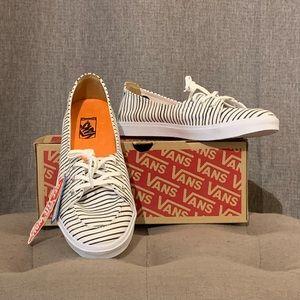 🔥SALE🔥 Vans striped shoes NWT